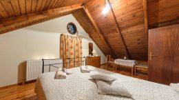 Borsalino Studios & Apartments